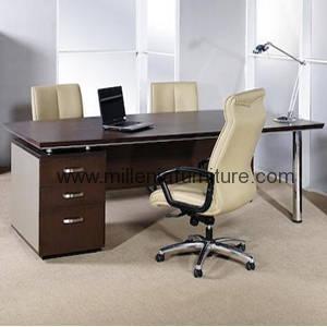 distribbutor meja kantor surabaya